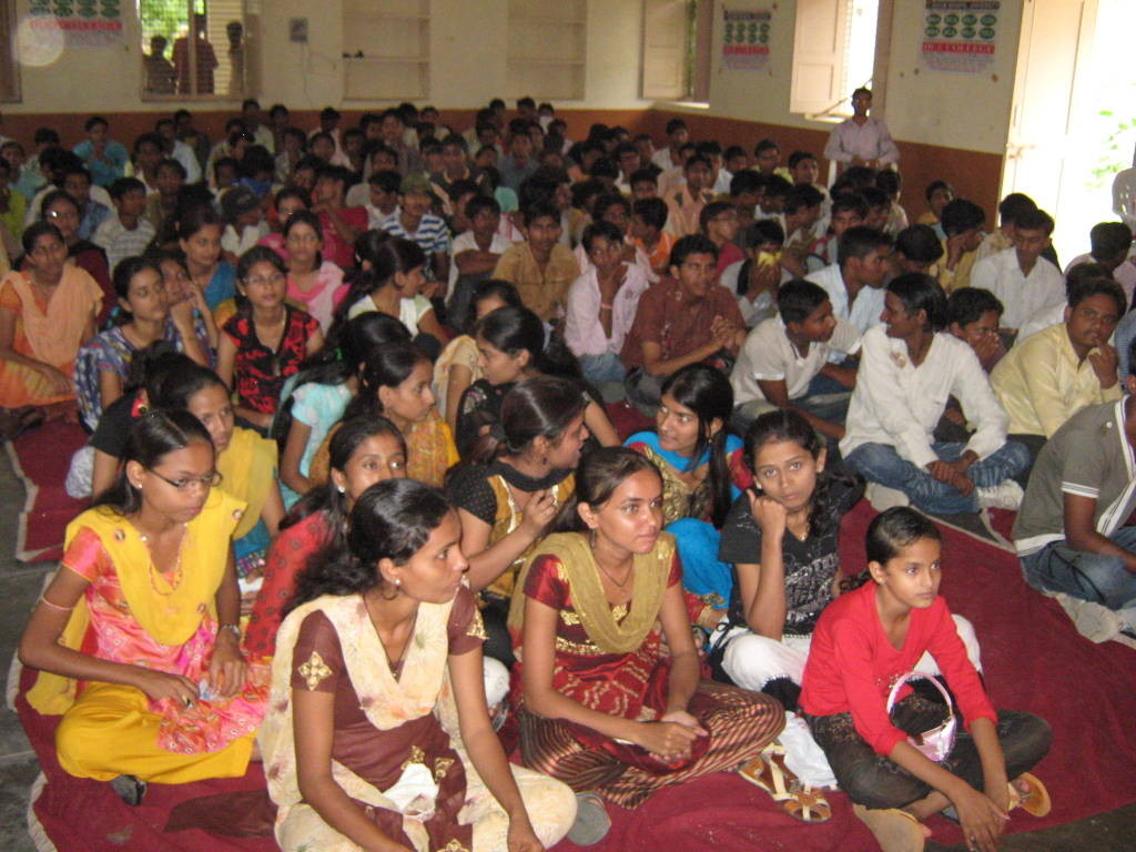 iice_activities_dr-ashok-jain-technical-seminar-with-iice-students-1024x768